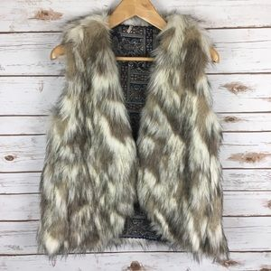 Free People Faux Fur Hook Front Vest Sz S/P